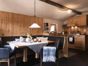 Chalet-Appartement mit Kamin im Chalet Tannenhof Tiroler Zugspitzarena
