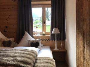 Kamin-Chalet-Appartement mit Blick zur Zugspitze